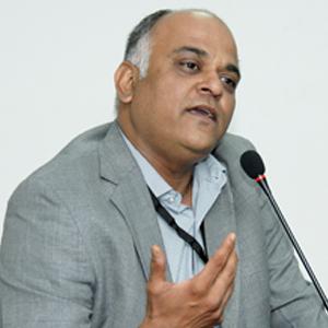 Nilesh Sarawate (CEO of IEIBS Akademia)